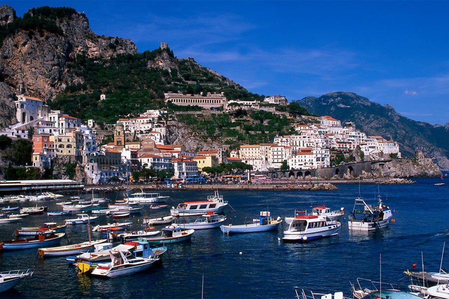 Cruises tours yacht charter maiori maritime shipping to for Due giorni in costiera amalfitana